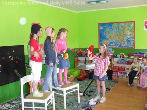 Vystúpenie hudobnej školy v MŠ Selce