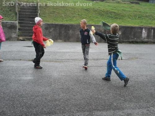 ŠKD - Jeseň na školskom dvore