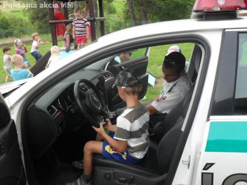 Policajná akcia v MŠ