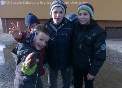 ŠKD-Jeseň-Zábava a hry na školskom dvore